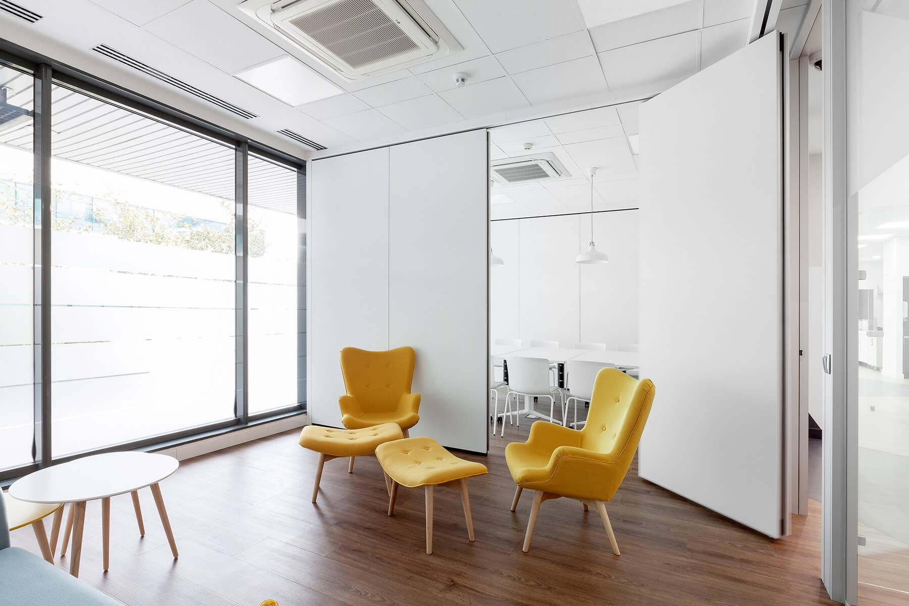 carlson wagonlit travel headquarters ubicca. Black Bedroom Furniture Sets. Home Design Ideas